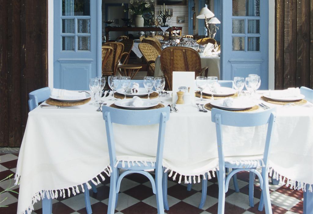 La maison du bassin the french cape cod hip hotels - Maison starck cap ferret ...