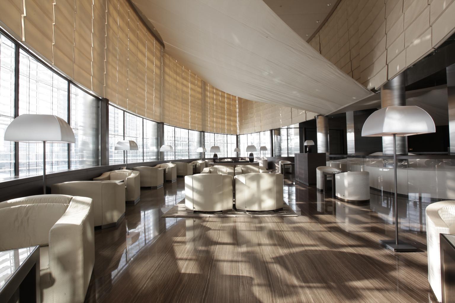 Armani hotel dubai live like armani hip hotels for Armani hotel