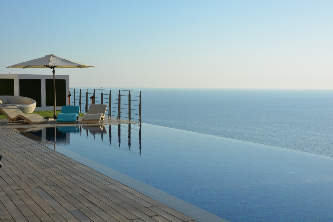 Okeanos luxury villas hip hotels for Hippest hotels