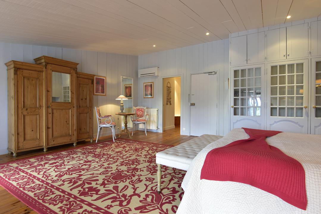 la baronnie hotel spa le de r hip hotels. Black Bedroom Furniture Sets. Home Design Ideas
